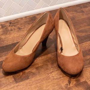 H&M Brown Suede Kitten Heels - 6